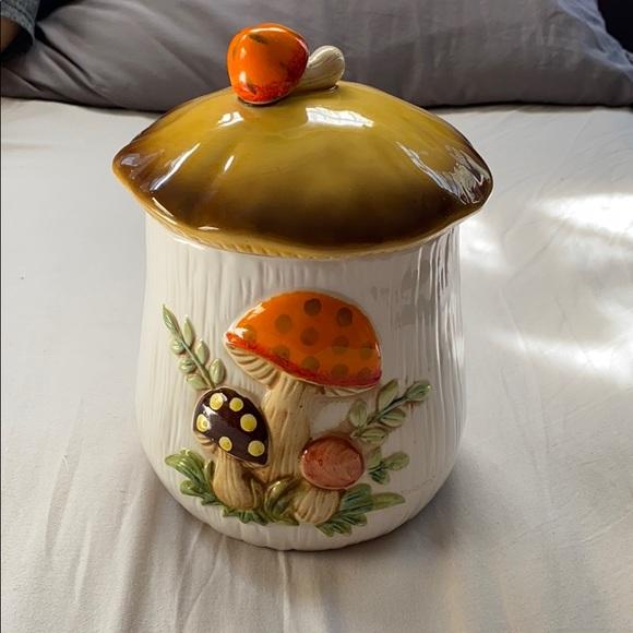 Vintage Other - Merry Mushroom vintage 70s canister kitsch Medium